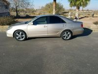 Loaded!! 2005 Toyota Camry! Low miles!