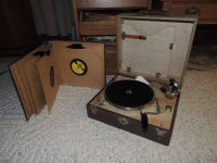 Wind up record player and 78 records