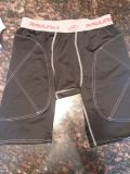 Men's Rawlings baseball sliding shorts, size large, excellent used condition