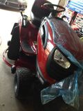 Brand new CRAFTSMAN YTS3000 46 lawn tractor riding mower