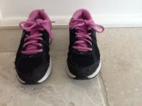 Girls Black and Pink Nike Gym Shoes Size 3.5