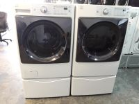 Kenmore elite front loads washer and dryer with pedestals!!
