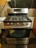 Used once like new Samsung Stainless steel gas 5 burner stove