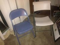1 folding blue chair