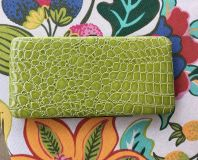 Green wallet new condition 8 1/4 x4