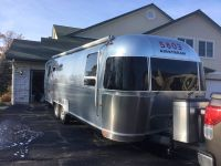 2011 Airstream Flying Cloud 27FB QUEEN