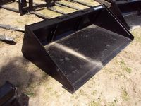 New quick attach buckets for skidsteer loaders and tractors