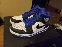 Never worn Size 9.5 Jordan's - Other shoes available