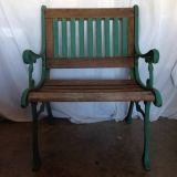 VINTAGE 24-INCH BENCH CAST IRON  BARN WOOD FRENCH COUNTRY GREEN FINIS