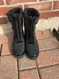 Girls black winter boots Size 1