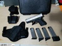For Sale: XDm 3.8c 9mm Bi-Tone SS w/ 4 mags and Stealthgear Ventcore IWB