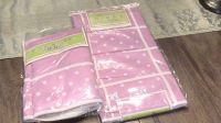 Adorable 3-piece pink girls organization set