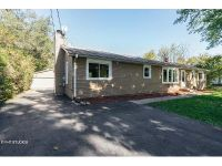 3 Bed 1 Bath Foreclosure Property in Oswego, IL 60543 - Baseline Rd