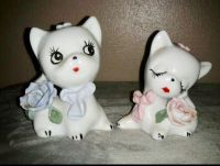 Vintage Collectible Two White Kittens with Blue / Pink Bows & Roses Figurines