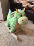 Ride in dragon ages 1-3. Euc! Sings and roars.