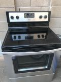 Black stainless steel Whirlpool electric oven