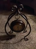 Table top or mantel clock