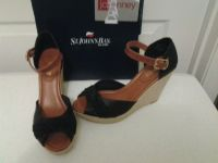 NEW - Black Wedge St Johns Bay Size 9 1/2