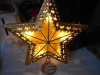Beautiful Large Metal Golden Yellow Lighted Christmas Tree Star! Electric with cord and mea...