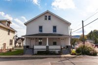 UPDATED and CLEAN 2BR/1BA w/Washer and Dryer & Gas Heat