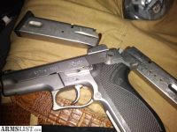 For Sale: Smith & Wesson 9mm semi-automatic