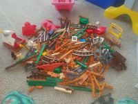 Large lot of Lincoln logs
