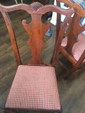 Dining table and chairs with pad