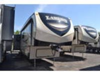 2018 Keystone Laredo Mid-Profile 380MB 42ft