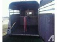 2000 Chaparral 2 horse warmblood trailer
