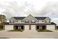 3 Beds - Shadowbrook Townhomes