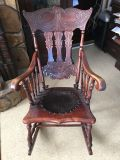 Early 1900s antique rocking chair