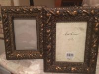 2 5x7 picture frames