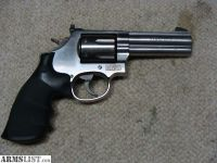 "For Sale: S&W 686 Plus 357 Mag 4"" with Nite Sites"