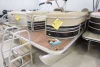 2016 SunChaser Classic Cruise 8524 Lounger DH Pontoons Boats Kaukauna, WI