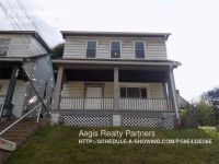 Single-family home Rental - 63 Maplewood St