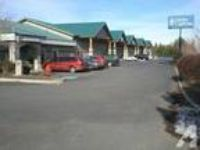 7900ft - HWY 97 Retail Showroom/ Warehouse/ Great Exposure & Te