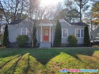 Renovated 2 Bedroom Bungalow in East Atlanta- Furnished
