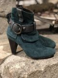 Teal Nana all leather boots size 36