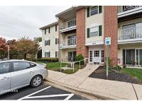 2 Bed 1 Bath Foreclosure Property in Belcamp, MD 21017 - Mist Wood Ct Unit 201