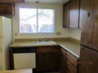 Modesto - 2 BR 2 BA 1Car Garage. Washer/Dryer Hookups!