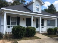 Single-family home Rental - 724 Pine Hill Ct