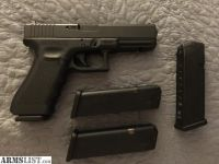 For Sale: Glock 22 (.40cal)