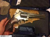 For Sale/Trade: S&w 686 deluxe wood grips talo 357 magnum