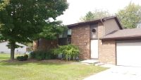 2 Bedroom 1 Bath Lower Unit - FREE Water+Washer/Dryer Hookups in Allendale!