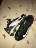 baseball cleats size 3.5 Youth
