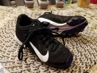Nike cleats childen size 12
