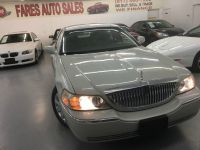 2005 Lincoln Town Car 4dr Sdn Signature Limited