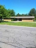 REDUCED Commercial building over . Sq. ft. fenced in yard