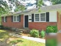 3 BR 2 BA Brick Home, fenced in backyard. Washer/Dryer Hookups!