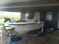 17 center console bay boat for sale or trade
